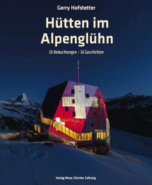 Hütten im Alpenglühn